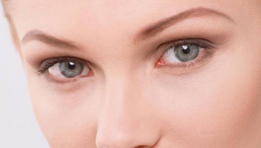 Покраснение вокруг глаз